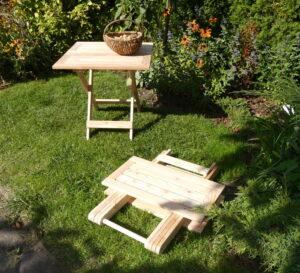 Stolik składany drewniany