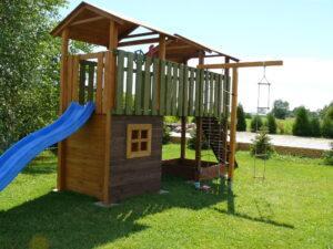 Plac zabaw dla dzieci huśtawka zjeżdzalnia